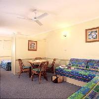 Hotel Cairns Queenslander