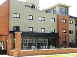 Hotel Campus Suites