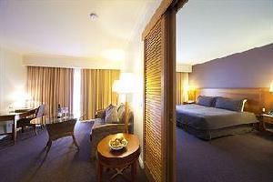 Hotel Century Inn