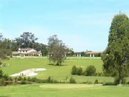 Hotel Oaks Ranch And Country Club