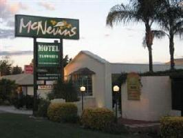 Hotel Mcnevins Tamworth