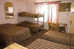 Hotel White Gum Motel