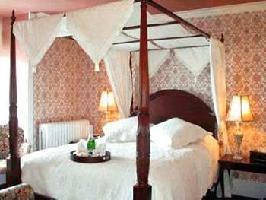 Hotel Auberge Mcgee's Inn