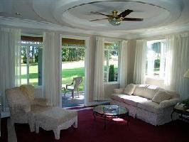 Hotel Crown Isle Resort And Golf Community