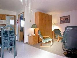 Hotel Bow Valley Motel