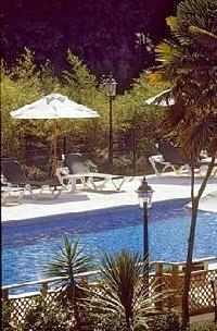 Hotel Chateau De Brindos