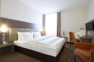 Intercityhotel Brandenburg Airport