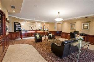 Hotel Foxwood Inn & Suites