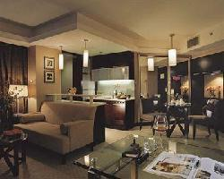 Hotel Royal Suites & Towers