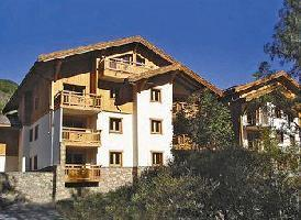 Hotel Lagrange Prestige Le Hameau Du Rocher Blanc Hautes Alpes