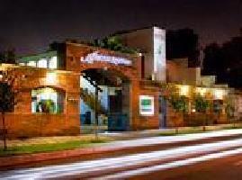 Hotel Alcazar Suites