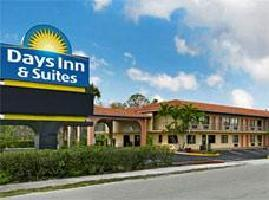 Hotel Days Inn And Suites Orlando Ucf Research Park