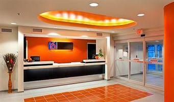 Hotel Motel 6 Brandon