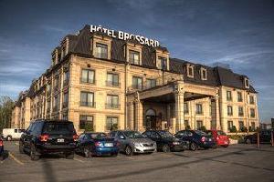 """Hotel Hã""""tel Brossard"""