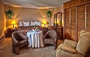 Hotel Norsemen Inn