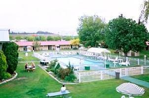 Hotel Okanagan Seasons Resort