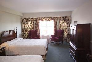 Hotel Loyalist Country Inn