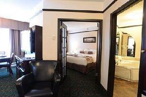 """Hotel L'escale Hã""""tel Suites"""