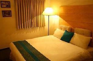 Hotel Dizengoff Suites