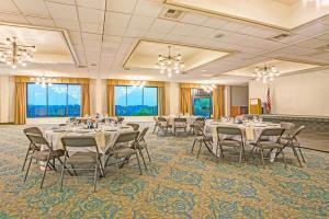 Hotel Baymont Inn & Suites Bremerton Wa