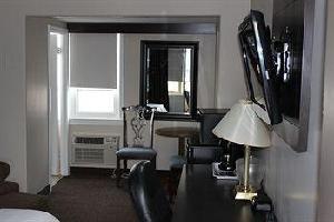 Hotel Sudbury Inn
