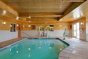 Hotel Comfort Suites Redding - Shasta Lake