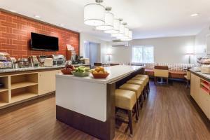 Hotel Hawthorn Suites By Wyndham Detroit Auburn Hills