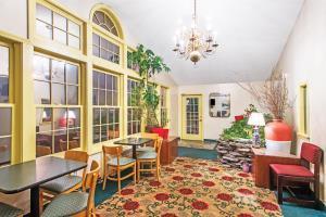 Hotel Knights Inn Hadley