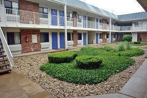 Hotel Motel 6 Elk Grove Village - O'hare