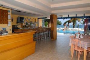 Roussos Beach Club Hotel