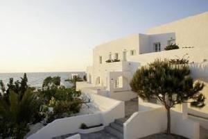 Hotel Thalassa Seaside Resort & Suites