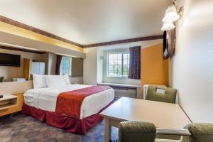 Hotel Auburn Travelodge Inn And Suites