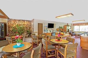 Hotel Super 8 Long Beach