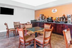Hotel Super 8 Midlothian/richmond Area