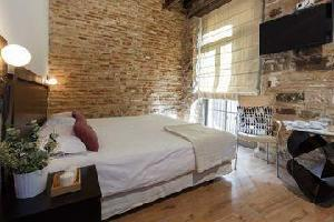 Hotel Ainb Gothic Studio