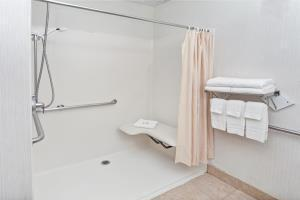 Hotel Howard Johnson Inn And Suites Elk Grove Village O'