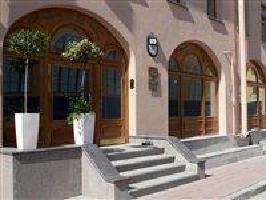 Hotel 3 Mosta