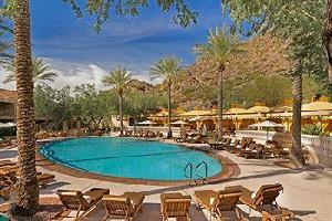 Hotel Canyon Suites At Phoenician