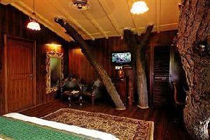 Hotel Tree House Resort