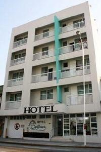 Hotel Delfines