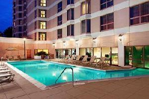 Hotel Sheraton Suites Country Club Plaza