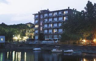 Hotel Lido Lago Trasimeno