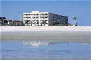 Hotel Holiday Isle Oceanfront