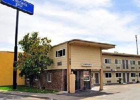 Hotel Parkway Inn