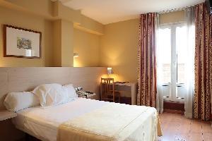 Hotel Burlada - Pamplona
