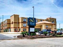 Hotel Quality Suites Baton Rouge
