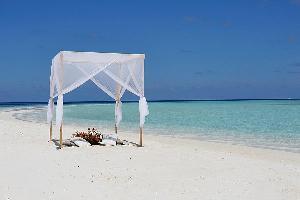 Hotel Nika Island Resort & Spa
