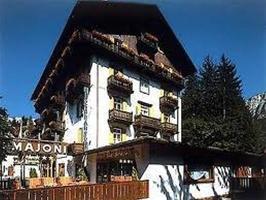 Majoni Hotel