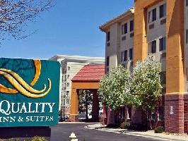 Hotel Quality Inn And Suites Denver Int'l Arpt