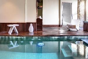 Best Western Hotel Le Dauphin Le Spa Du Prieure